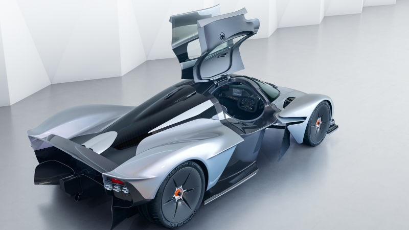 Aston Martin Valkyrie: Door Design Eh!